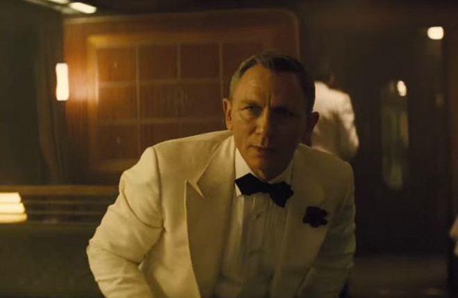 James Bond_White Tux