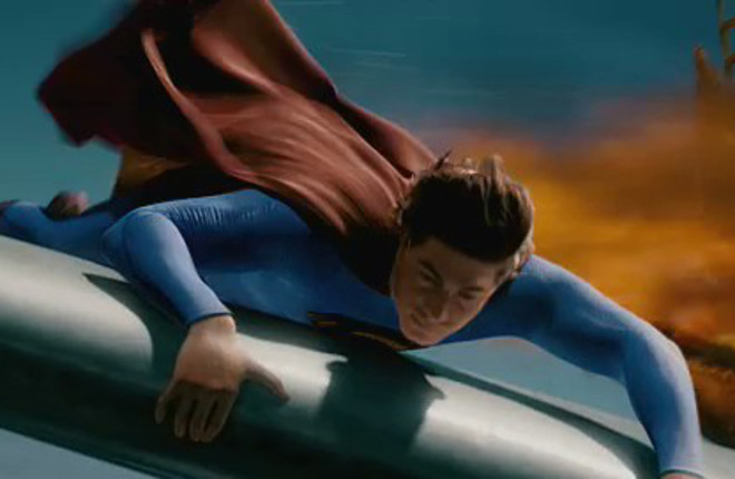 SupermanReturns_SupermanOnWing